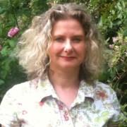 Andrea Rayner
